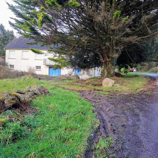 FRANCE - LIVESTOCK FARM FOR SALE. Ref L19