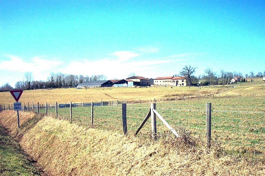 Farm in France -  small holding for sale.Ref SM1